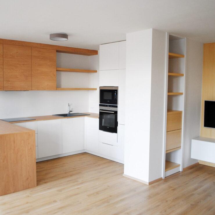 Pohled na kuchyň po rekonstrukci